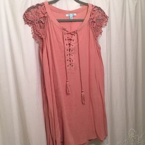 Summer Dress w/ lace sleeves